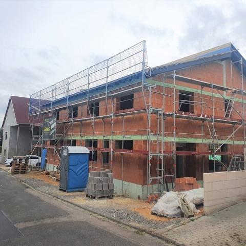 Seltenheitswert! Neubau, 2 Vollgeschosse, großes Grundstück *KfW 55 Standard*